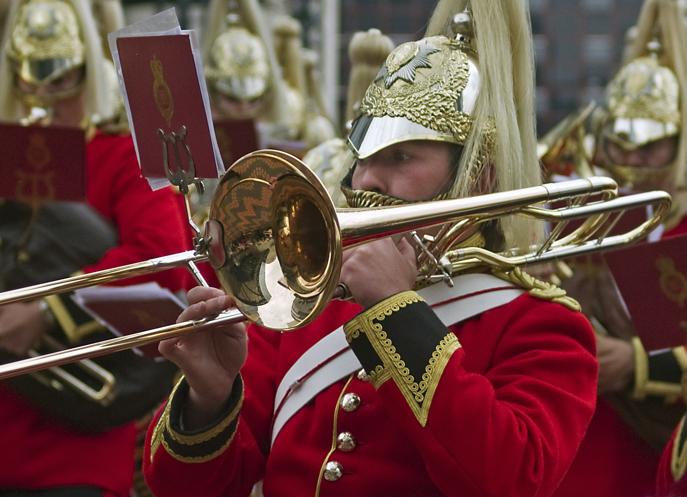 Trombonist, Lifeguards Band#Dickens Roger